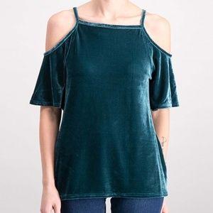 Ultra Flirt juniors M cold shoulder velvet blouse